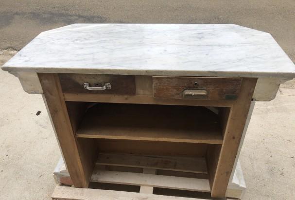 Ancien meuble caisse de magasin.