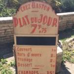 Ancien panneau publicitaire de restaurant
