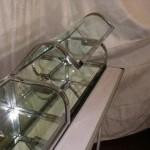 Triple vitrine plate chromée, verre bombé