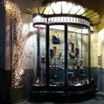 Un magasin de chaussures à Naples